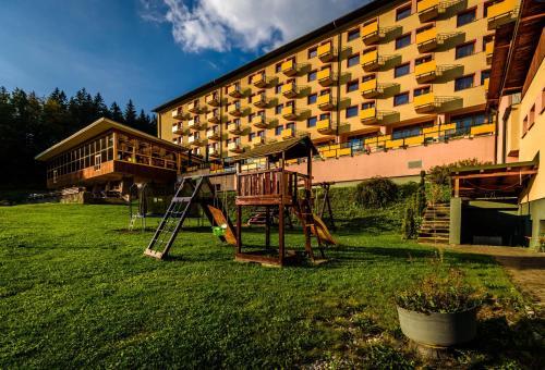 . Hotel Boboty