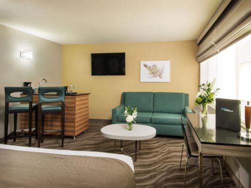 Porto Vista Hotel In Little Italy - San Diego, CA CA 92101