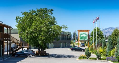 Summerland Motel - Photo 8 of 61