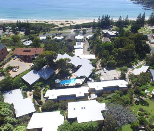 . Tathra Beach House Holiday Apartments