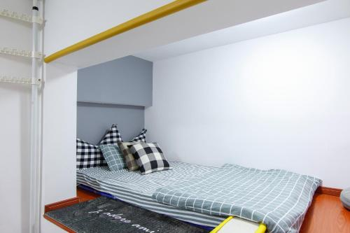 Little Happiness Boutique Apartment Hotel photo 5