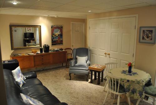 Riverview Retreat B&B - Accommodation - Fairmont Hot Springs