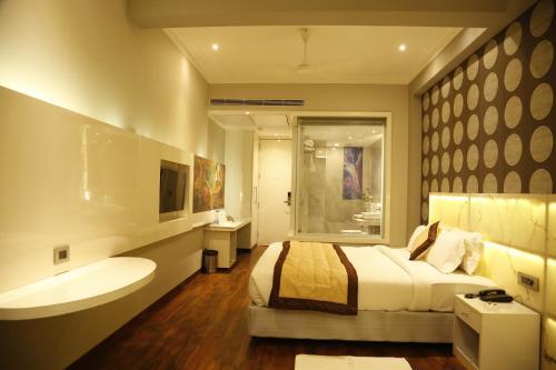 . Hotel Orange