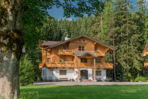 Bio-Holzhaus und Landhaus Heimat Ramsau am Dachstein