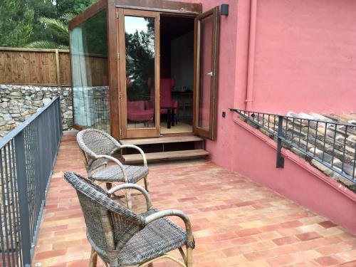 Double or Twin Room with View - single occupancy Mont-Sant 26