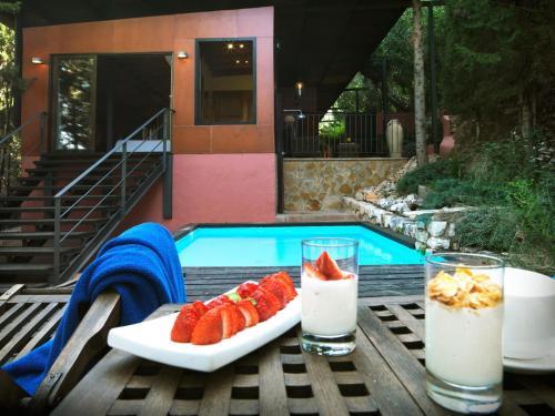 Suite mit privatem Pool - Einzelnutzung Mont-Sant 25