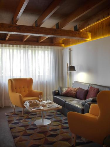 Suite mit privatem Pool - Einzelnutzung Mont-Sant 27