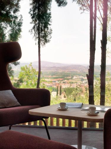 Suite with Private Pool - single occupancy Mont-Sant 16