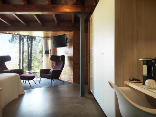 Suite mit privatem Pool - Einzelnutzung Mont-Sant 32