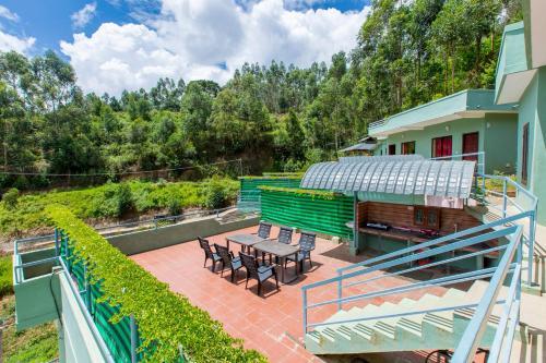 Mountain Hut Resorts