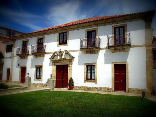 Casa Do Brasao - Photo 4 of 108