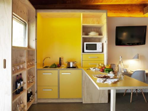 Junior Suite with Terrace - single occupancy Mont-Sant 5