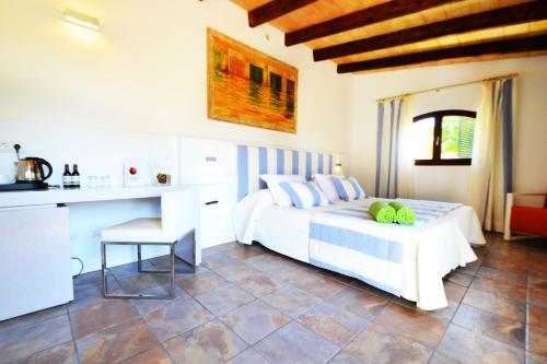Standard Doppelzimmer Bennoc Petit Hotel 2