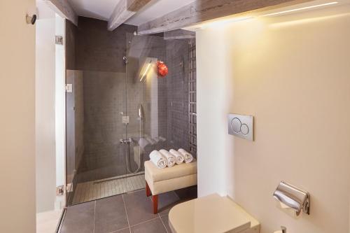 Standard Doppelzimmer Bennoc Petit Hotel 5