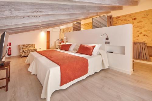 Standard Doppelzimmer Bennoc Petit Hotel 4