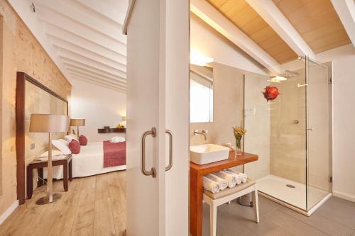 Suite Excellence Bennoc Petit Hotel 5