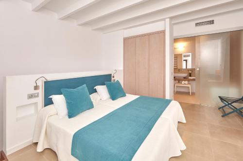 Suite Excellence Bennoc Petit Hotel 7
