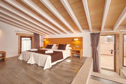 Suite Bennoc Petit Hotel 10