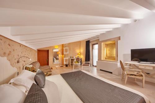 Suite Superior Bennoc Petit Hotel 37
