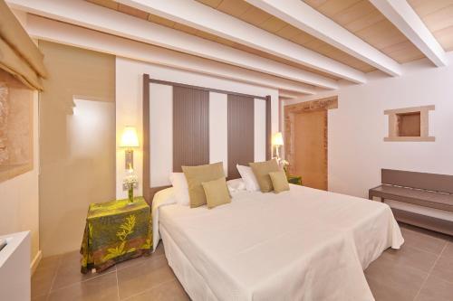 Suite Bennoc Petit Hotel 8