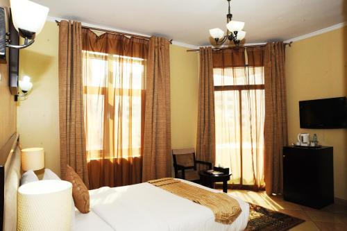 Al Jazeera Royal Hotel photo 36