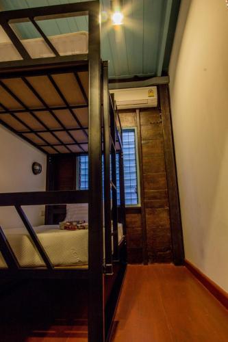 La Moon Hostel room photos