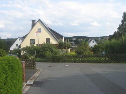 Ferienwohnung Wölfel - Apartment - Schwarzenbach an der Saale