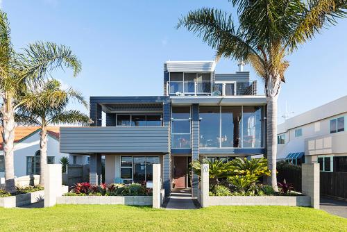 Waterfront Boutique Accommodation