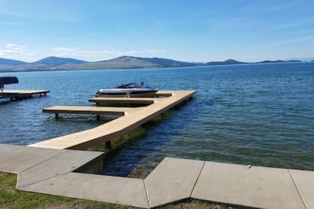 Lakes Edge Escape (lake House) - Polson, MT 59860