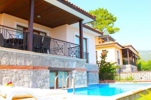Göcek Silverhill 3 with Private Pool tek gece fiyat