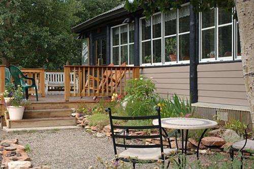 Elk Mountain Lodge