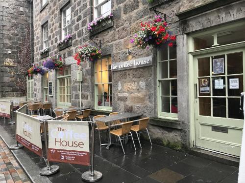 The Coffee House Hotel (B&B)