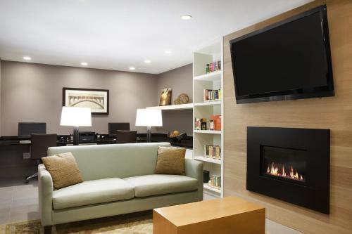 Country Inn & Suites by Radisson, Charlottesville-UVA, VA - Hotel - Charlottesville