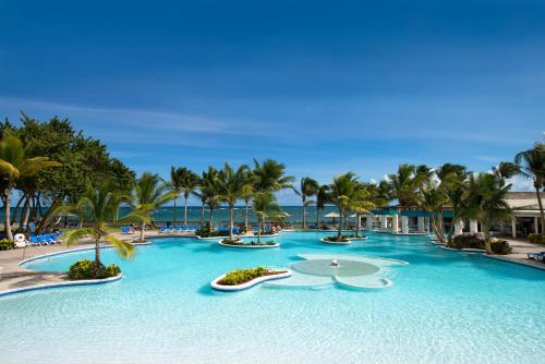 Harmony at Coconut Bay Beach Resort & Spa