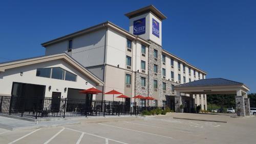 . Sleep Inn & Suites Belmont - St. Clairsville
