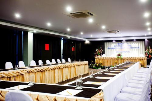 Miramar Hotel photo 39