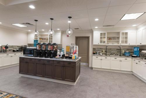 Homewood Suites By Hilton Indianapolis Northwest - Indianapolis, IN 46268