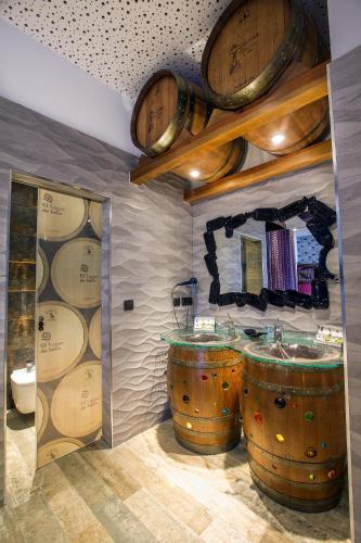 Junior Suite - single occupancy Hotel SPA Bodega El Lagar de Isilla 9