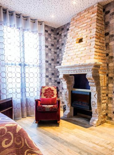 Junior Suite - single occupancy Hotel SPA Bodega El Lagar de Isilla 8
