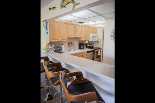 Futura Bayside Condo - Tavernier, FL 33070