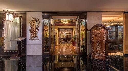 Regal Airport Hotel photo 100
