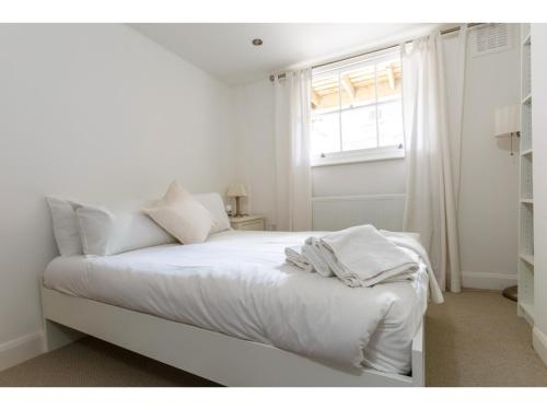 Attractive 2bedroom Flat in Trendy London Sleeps 4 photo 18