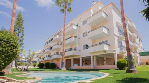 . Apartamentos Quinta da Praia