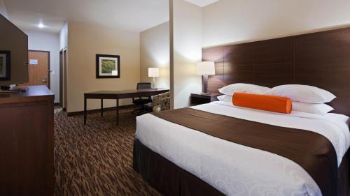 Best Western Plus Bridgewater Hotel & Convention Centre - Bridgewater, NS B4V7P4