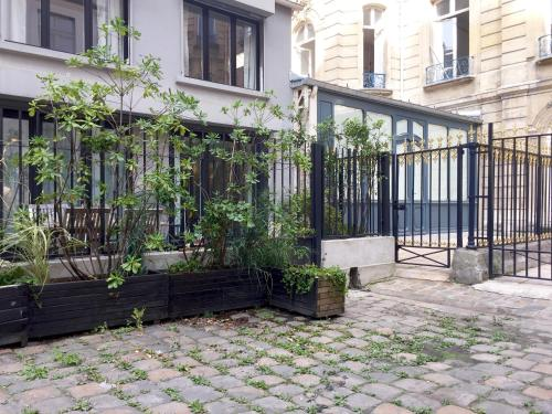 House of Paris photo 106