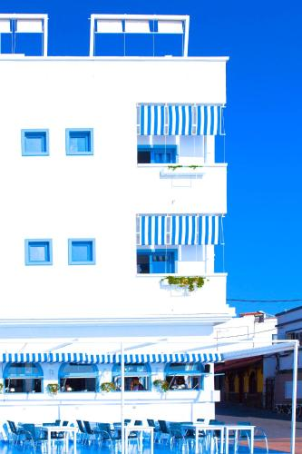 Calle Delfin 1, Corralejo, Fuerteventura, 35660, Canary Islands, Spain.