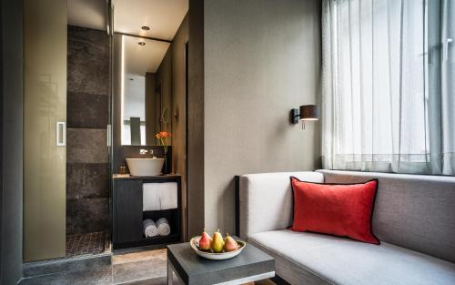 SAKS Urban Design Hotel Frankfurt photo 3