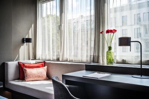 SAKS Urban Design Hotel Frankfurt photo 5