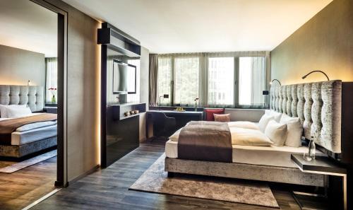 SAKS Urban Design Hotel Frankfurt photo 6