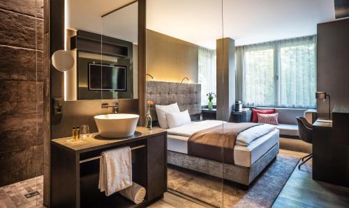 SAKS Urban Design Hotel Frankfurt impression
